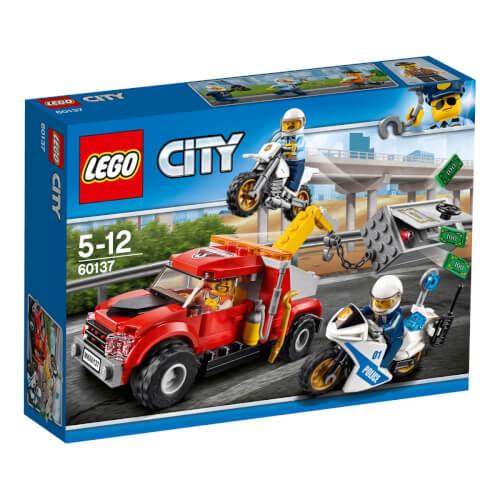 LEGO® City 60137 Abschleppwagen auf Abwegen, 144 Teile, ab 5 Jahre