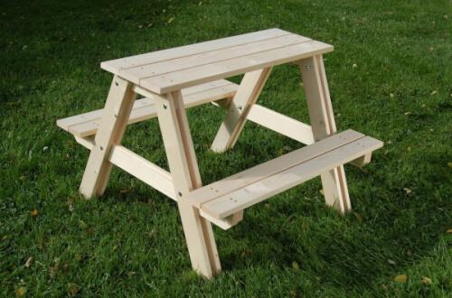 Holz Kindersitzgarnitur natur Spielzeug für draußen